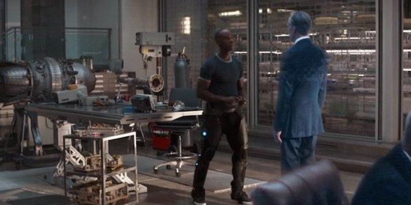 Rhodey talking with Thunderbolt Ross in Avengers: Infinity War