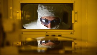 Intel manufacturing fab
