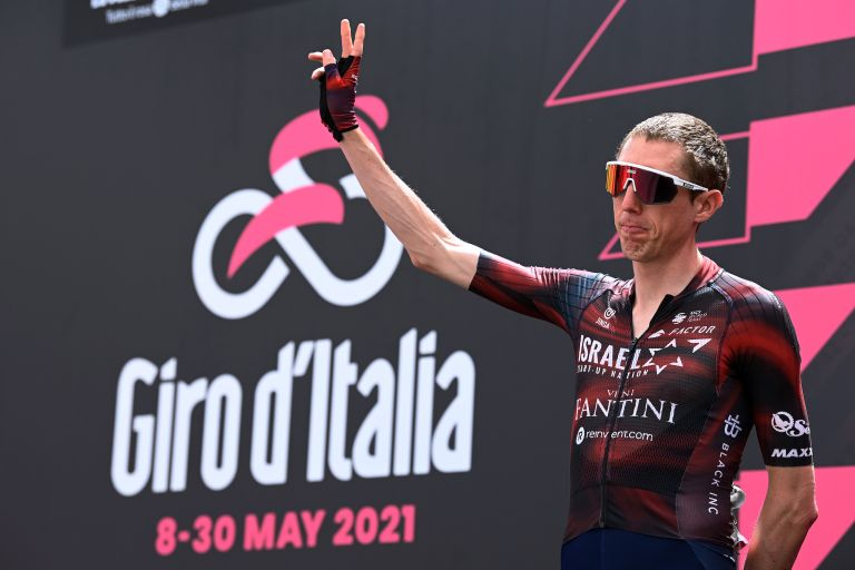 Dan Martin on the start podium at the Giro d'Italia 2021