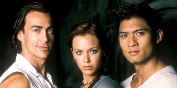 Kristanna Loken and the cast of Mortal Kombat: Conquest