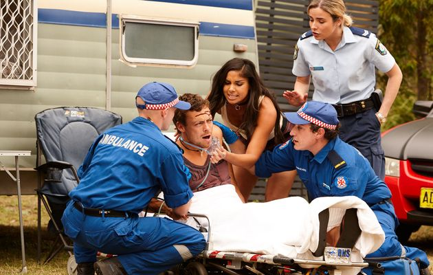 Home and Away, Dean Thompson, Willow Harris, Chelsea Campbell