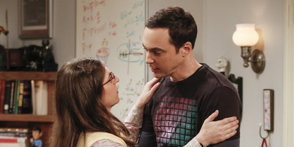 sheldon and amy in a romantic embrace on big bang theory