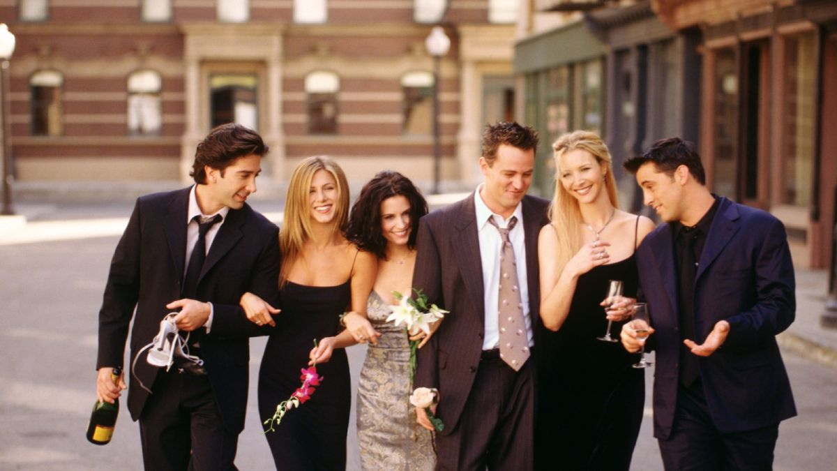 The genius tricks used by 'Friends' to hide the cast member's real life pregnancies