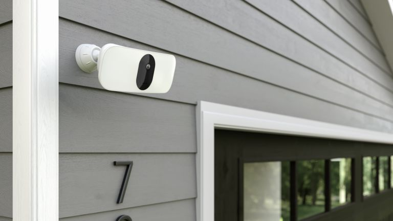 Arlo Pro 3 Floodlight Security Camers