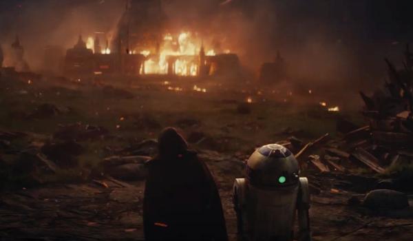 Luke and R2 in The Last Jedi