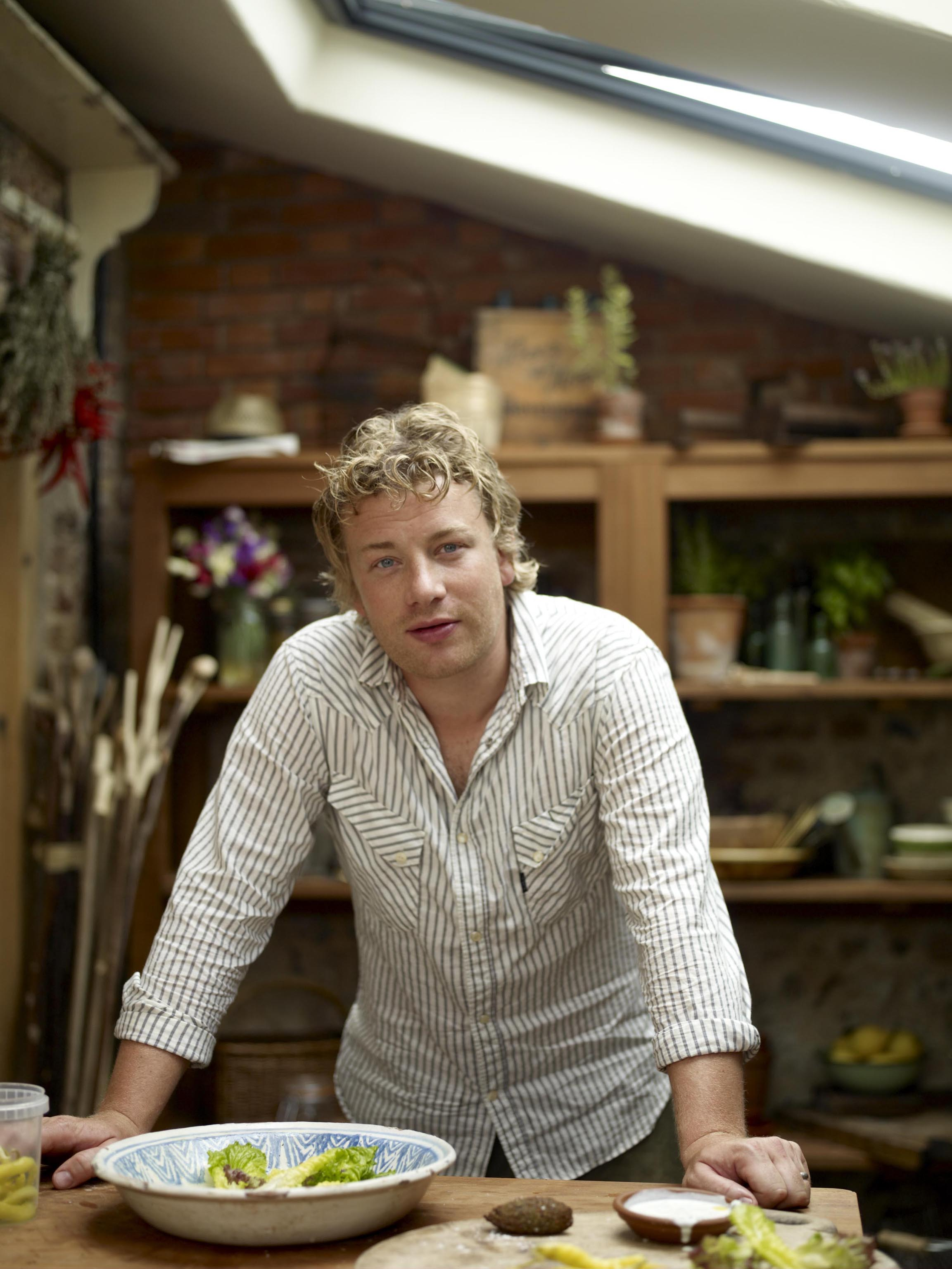 Jamie Oliver in £20m bid for Little Chef