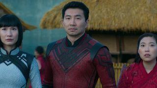 Shang-Chi And The Legend Of the Ten Rings SImu Liu Awkwafina Meng'er Zhang