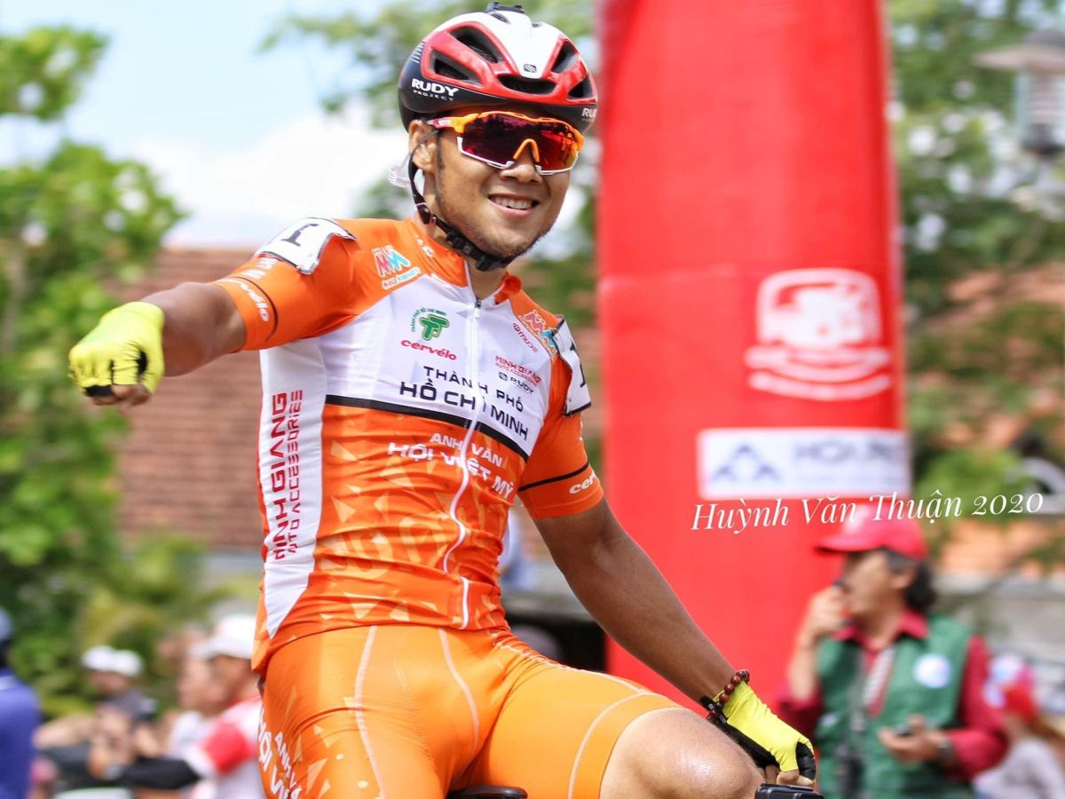 HTV Cup: Le Nguyet Minh surges to win stage 17