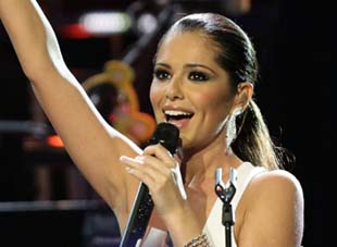 Watch Cheryl Cole sing in Antibes (VIDEO)