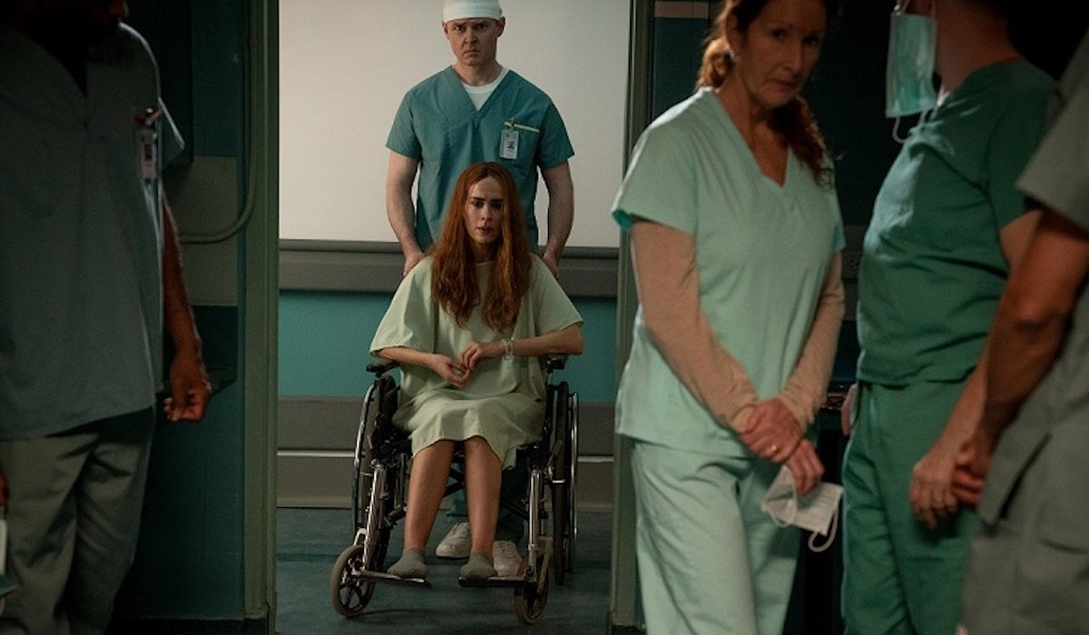Sarah Paulson as Diane Sherman in correctional facility Run ending