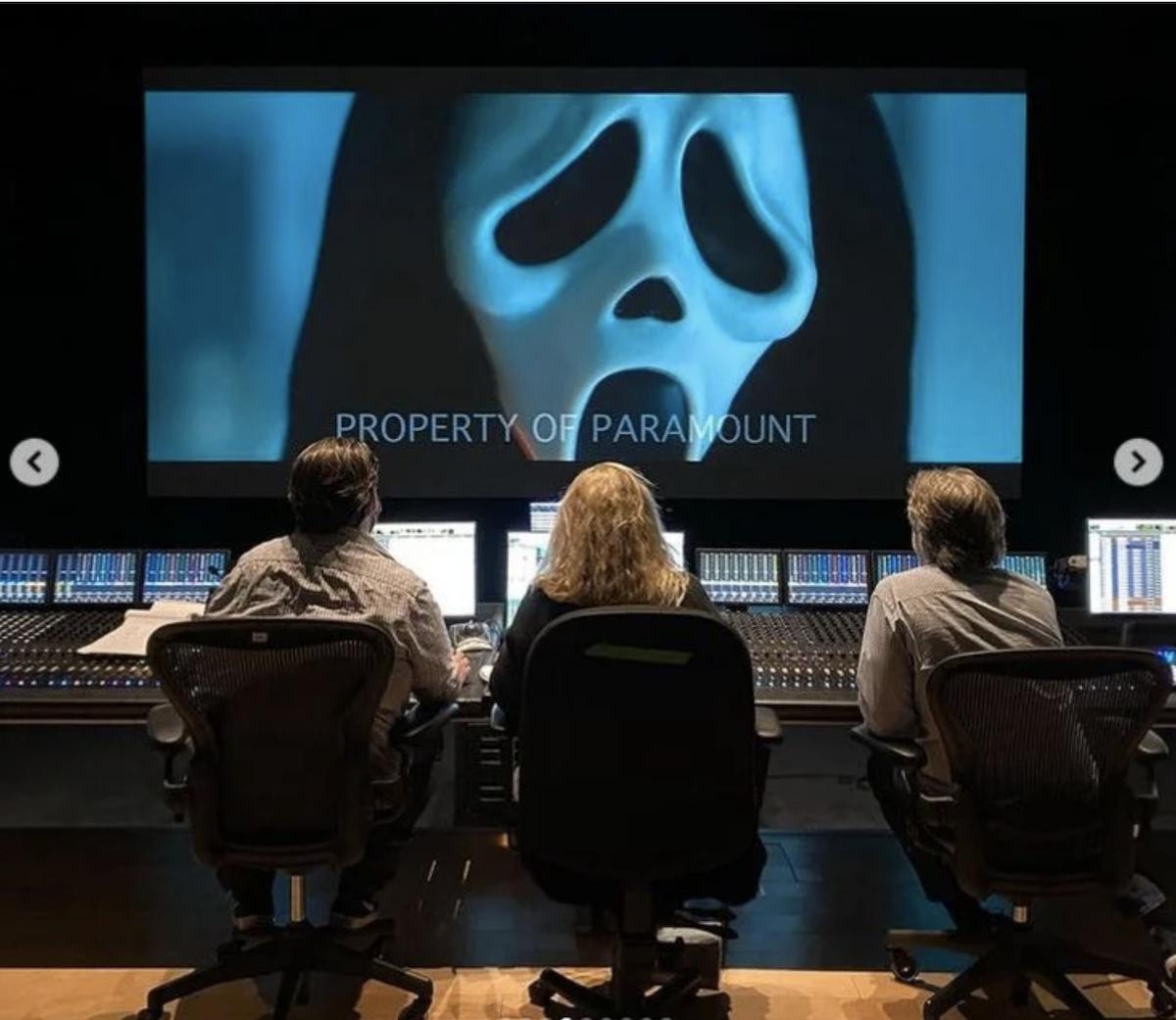 Ghostface in Scream 5