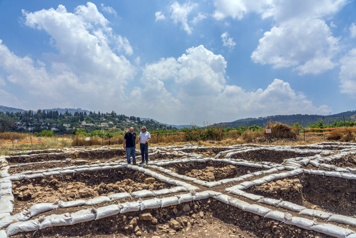 Photos: Israel's Largest Neolithic Excavation