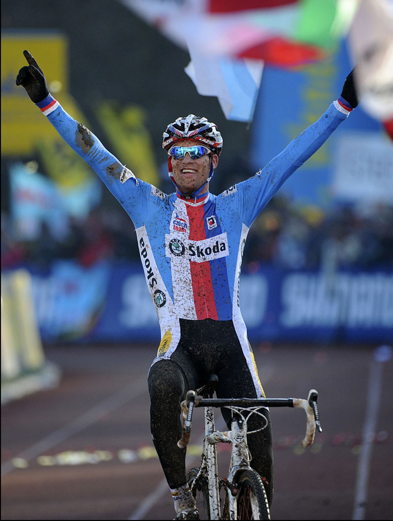 Zdenek Stybar wins elite men