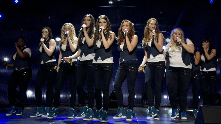 pitch perfect cast singing