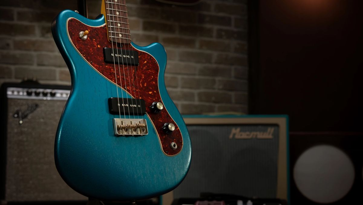 Macmull Guitars introduces the no-frills, gig-ready Stinger electric