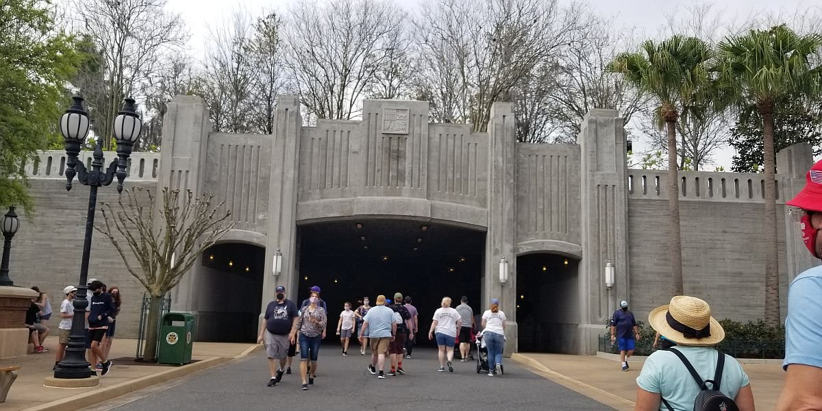 Entrance to Star Wars Galaxy's Edge at Disney's Hollywood Studios