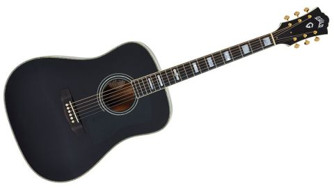 Far from being simply a 'looker', the D-40 is made of high-end materials