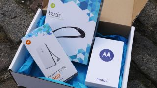 WIN! A Motorola Moto X, wireless headphones and power pack