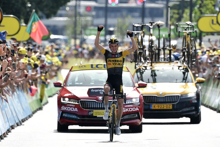 Sepp Kuss wins stage 15 of the Tour de France 2021