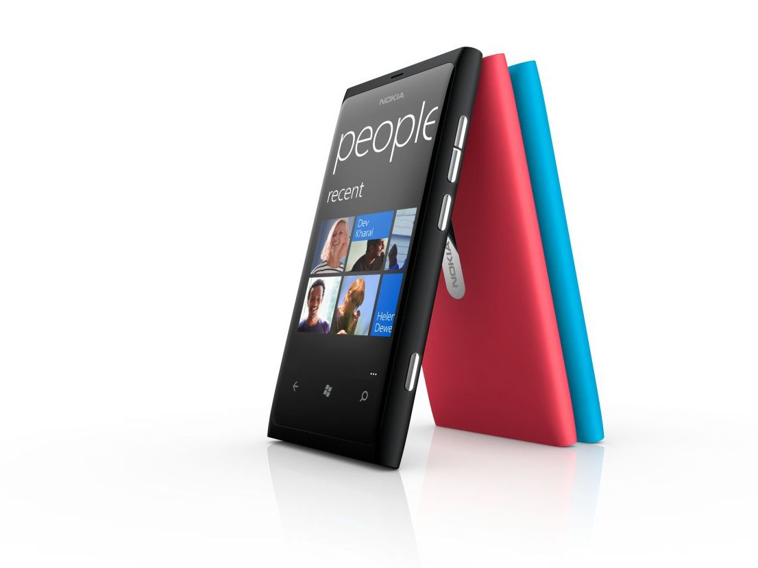 Nokia Lumia 800 battery issue fix imminent   TechRadar