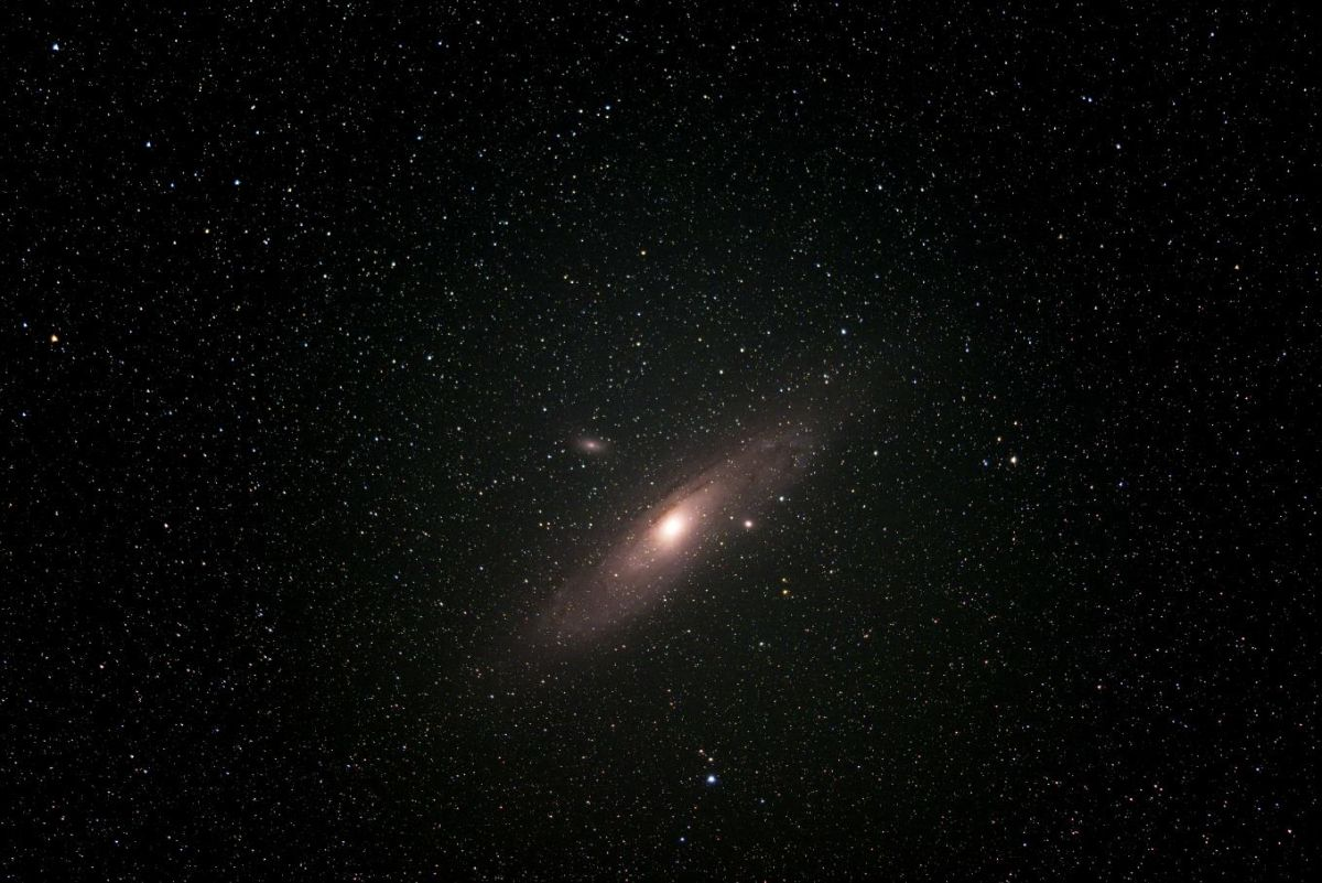 Spot The Awe-Inspiring Andromeda Galaxy In The Autumn -1866