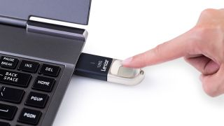 Lexar JumpDrive Fingerprint F35