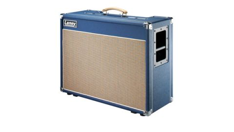 This is a 2x12 combo with a twist: there are two different loudspeakers, Celestion's Vintage 30 and G1230H