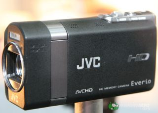 JVC shows-off its pocket HD Everio