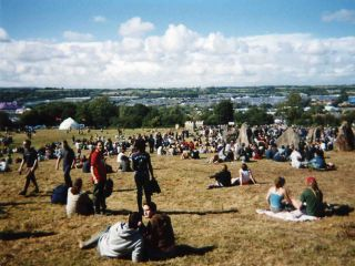 Evidence that the sun sometimes shines at Glastonbury