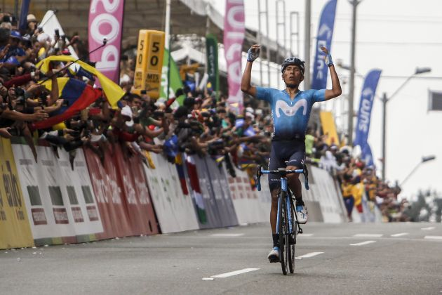 Nairo Quintana wins Tour Colombia queen stage despite being knocked off by fan