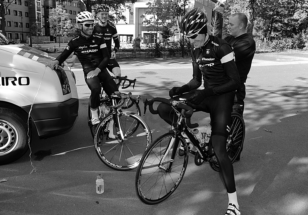 Getting ready, Rapha Condor Sharp training in Peak District, August 2011