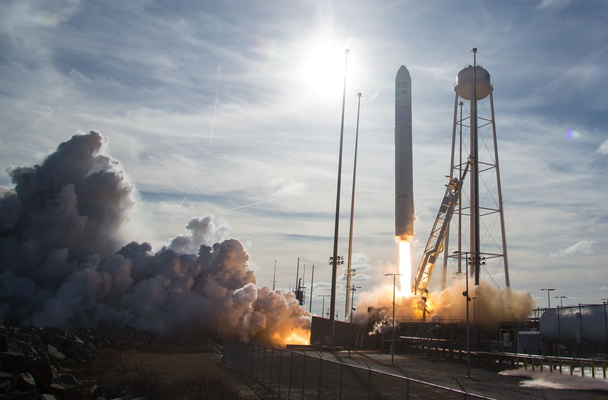 In photos: See the Antares rocket's Cygnus NG-13 cargo ship launch to space station - Space.com