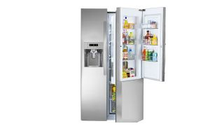 Save $900 on this Kenmore refrigerator, now under $1300 at Sears