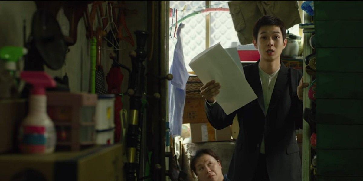 Choi Woo-shik  and Hye-jin Jang in Parasite