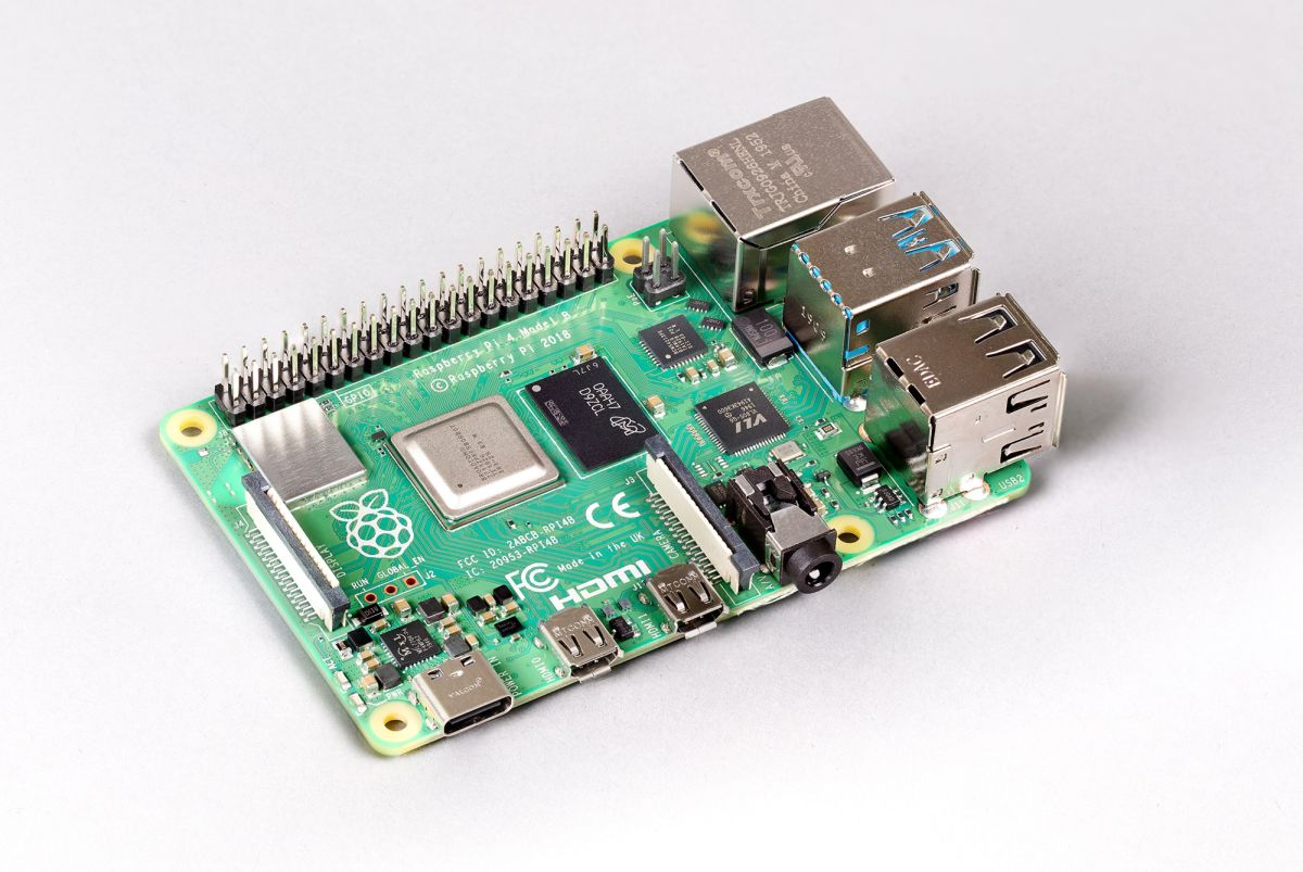 New Raspberry Pi 4 with 8GB of RAM and 64-bit OS is an exciting jump for tiny computing
