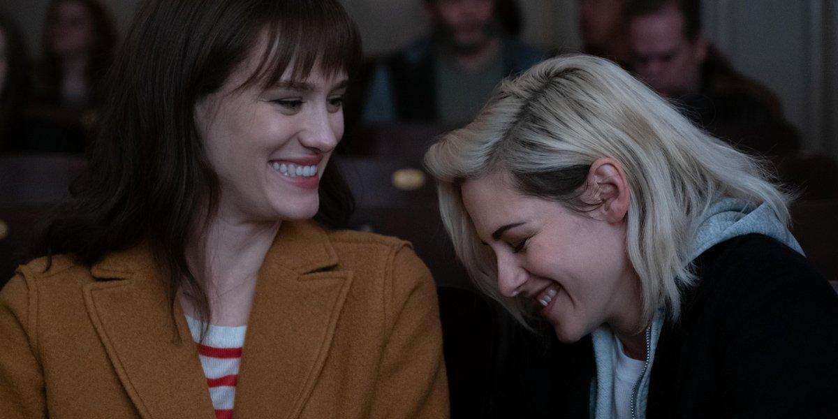 Happiest Season Kristen Stewart, Mackenzie Davis
