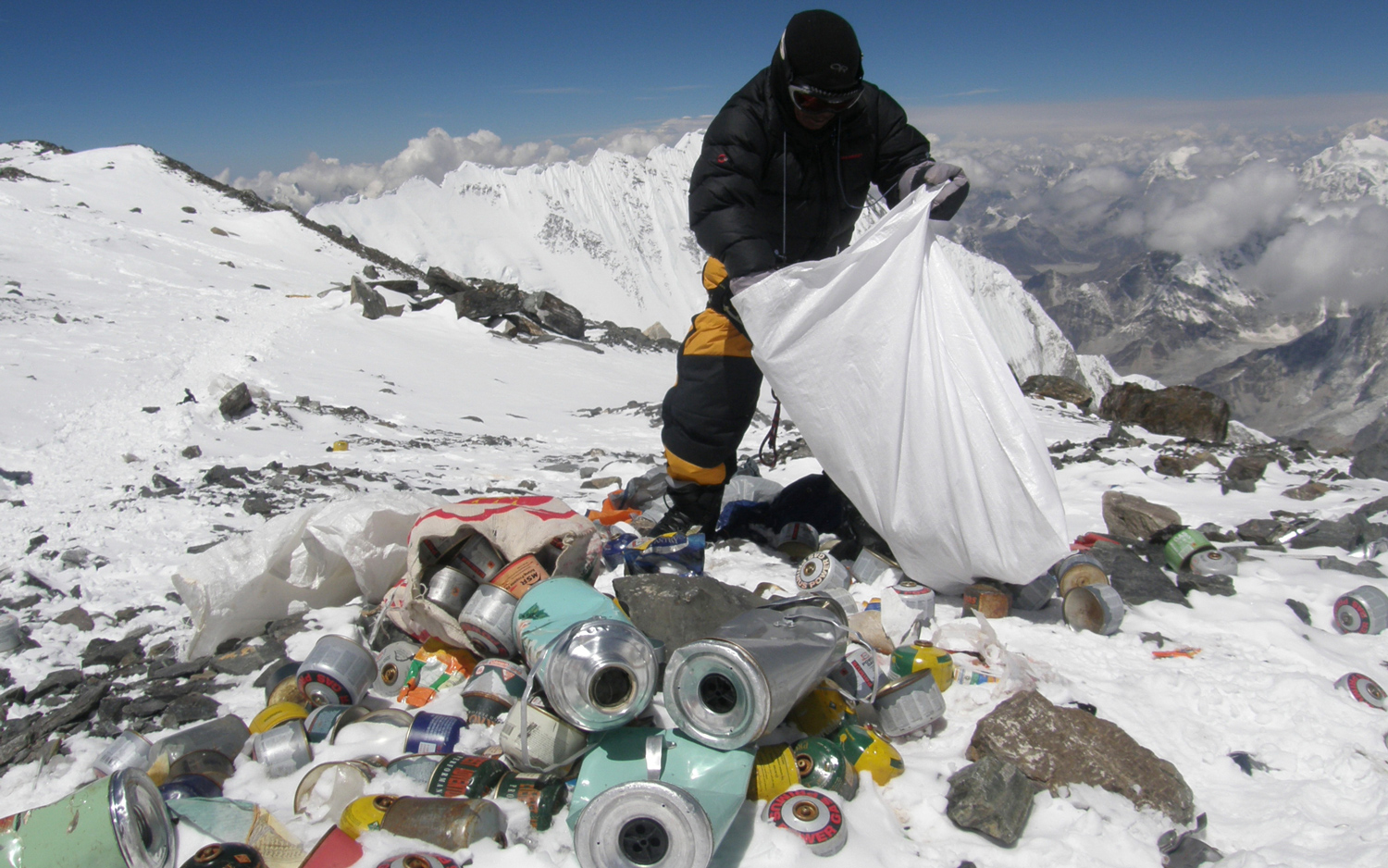 How Much Trash Is on Mount Everest?   Live Science