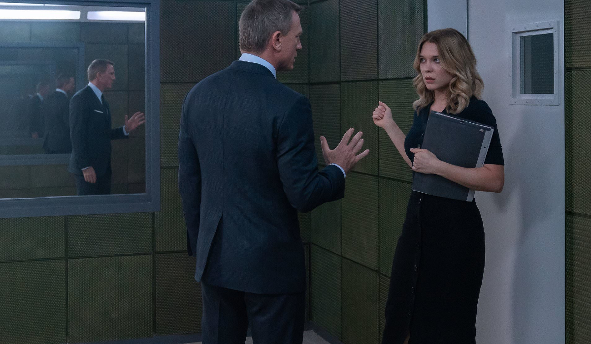No Time To Die Daniel Craig and Lea Seydoux have an uneasy talk