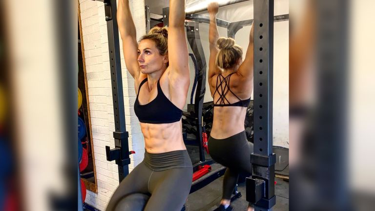 Vicky Fleetwood 15-minute core workout