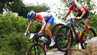 Pauline Ferrand Prevot (France) and Neff racing head to head