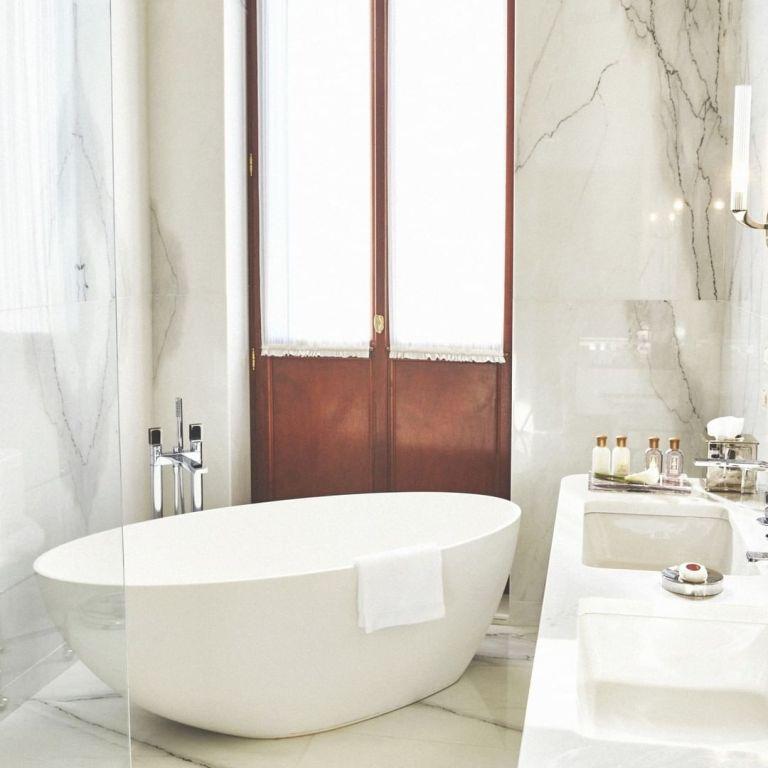 Hotel bathroom ideas to copy