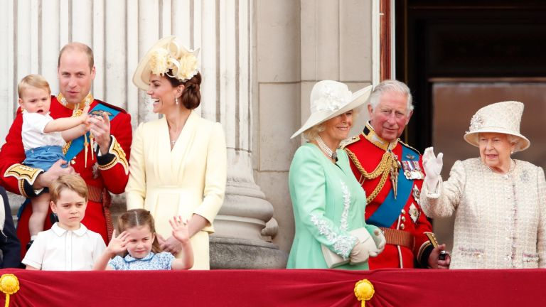 Royal family members we dream, Prince William, Duke of Cambridge, Catherine, Duchess of Cambridge, Prince Louis of Cambridge, Prince George of Cambridge, Princess Charlotte of Cambridge, Camilla, Duchess of Cornwall, Prince Charles, Prince of Wales and Queen Elizabeth II watch a flypast from the balcony of Buckingham Palace during Trooping The Colour, the Queen's annual birthday parade, on June 8, 2019 in London, England