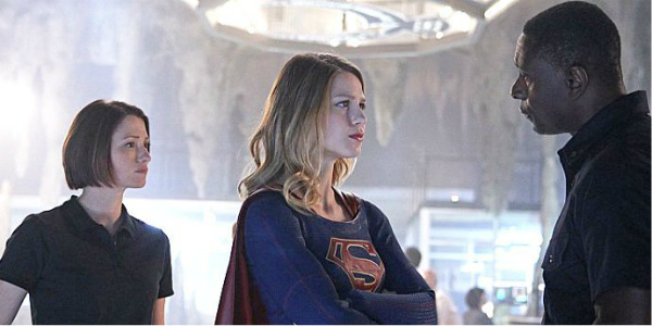 alex supergirl and j'onn talking
