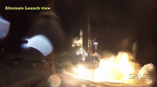 Soyuz Rocket Launches Kanopus-ST Spacecraft