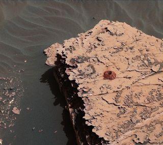Curiosity drilled hole