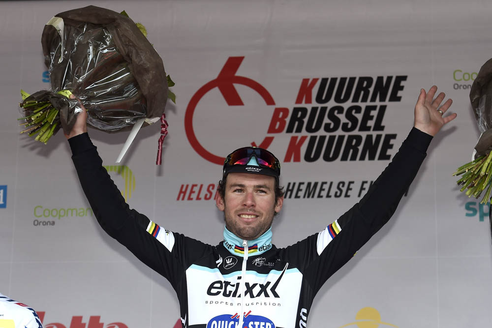 Thumbnail: Mark Cavendish on the podium after winning the 2015 Kuurne-Brussels-Kuurne.