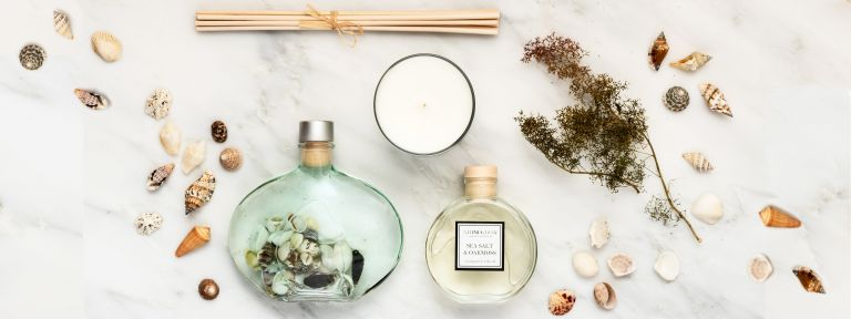 Best reed diffusers: Stoneglow reed diffuser flay lay with matching candle