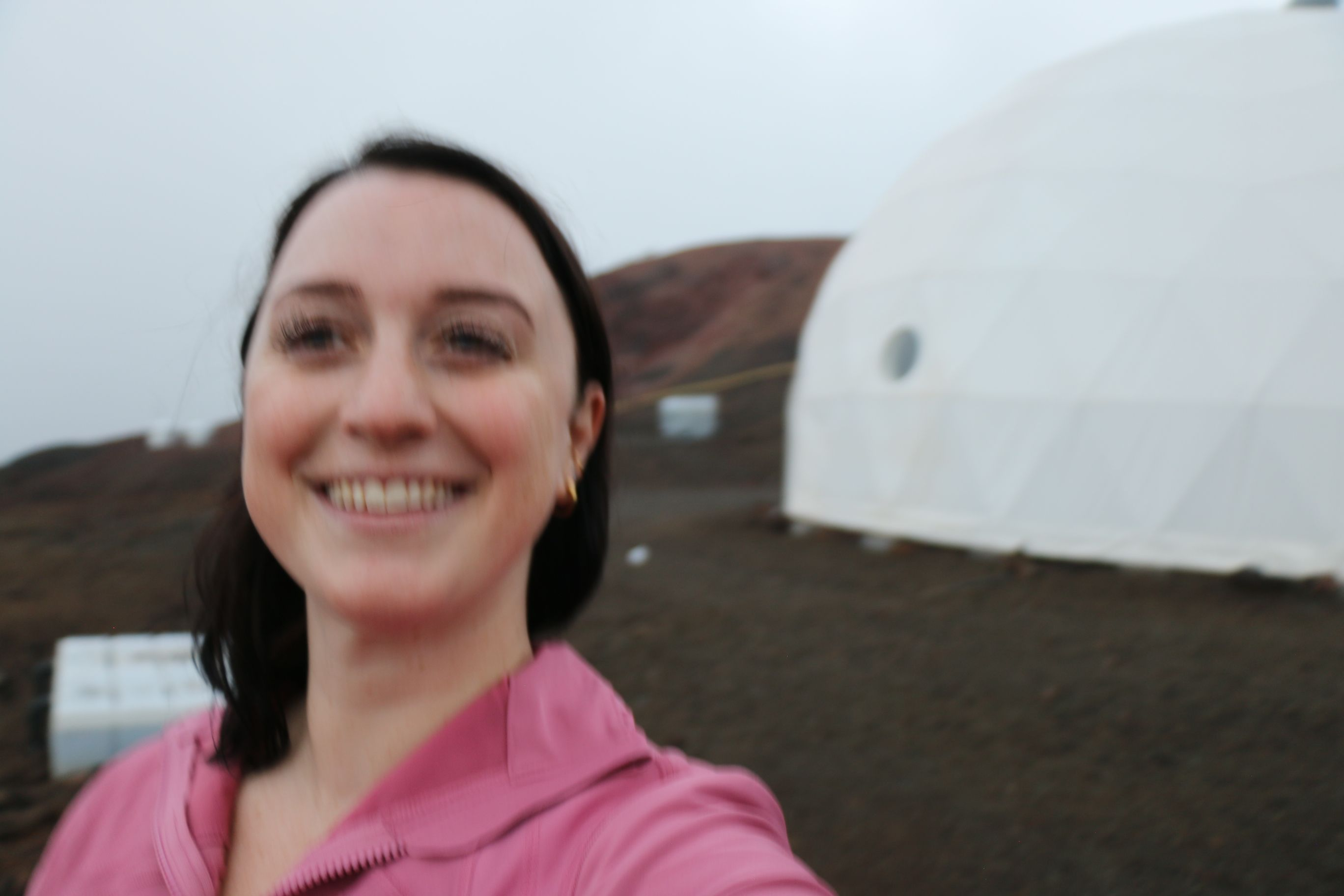 Space.com's Chelsea Gohd at the HI-SEAS habitat, where she is part of a Sensoria crew on a simulated mission to Mars.
