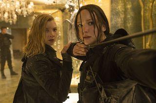 The Hunger Games Mockingjay Part 2 Natalie Dormer Cressida Jennifer Lawrence Katniss Everdeen.jpg