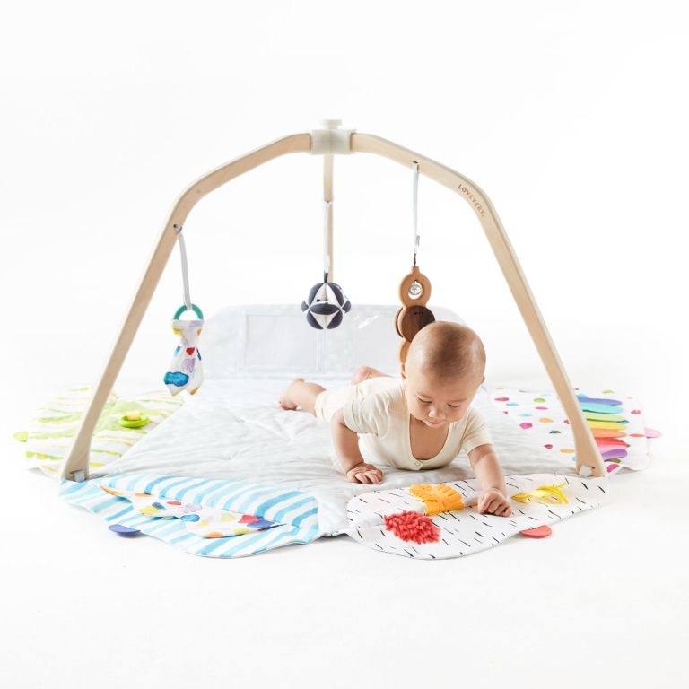 best baby play gym: scandi style play mat and play gym